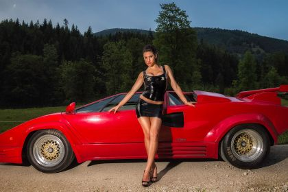 Anna - Lamborghini Countach & Latex Costume